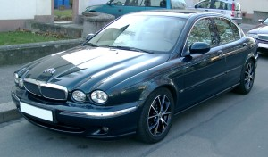 Jaguar_X-Type_front_20071217