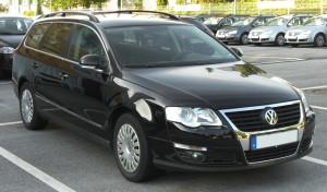 VW_Passat_Variant_front-1
