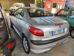 Read more about the article Proponiamo in vendita Peugeot 206 cabriolet 1.6 benzina a soli €1500.
